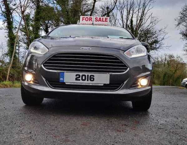 2016 (162) Ford Fiesta 1.25 Petrol full